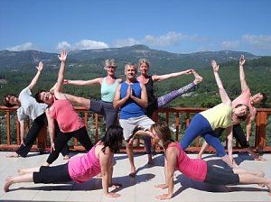 Yoga-Reisen an die Lykische Küste mit Blick aufs Taurus Gebirge! Reisedetails online unter: http://www.neuewege.com/Yoga-Reisen/Tuerkei/Lykische-Kueste/Seminar-Center-Olympos-Mitos-Yoga-Genuss--Kultur-Vitalwoche-an-der-Lykischen-Kueste-_TRG10
