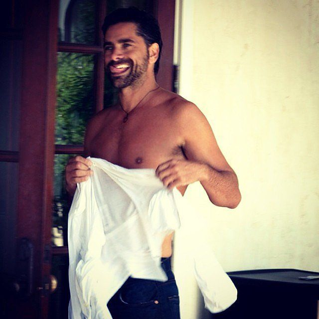 HONESTLY????? 50????? Ladies, it does NOT get any better than THIS right here #johnstamosdrewl