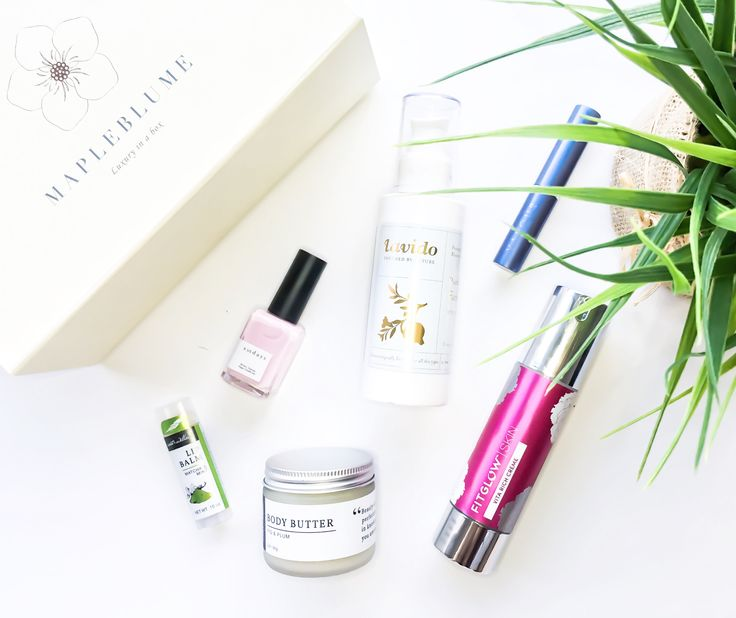 I've recently been curious about clean skincare. Clean meaning non-toxic, vegan, organic and so on. The MapleBlume luxury subscription box offers products in all of those categories and it's been a blast discovering new skincare and clean beauty! Check out my full review: http://www.theunaverse.ca/mapleblume-subscription-box-review/ #veganbeauty #organicskincare #organicbeauty #veganskincare #beautyblogger #skincarereview #skincare #beautysubscriptionbox #subscriptionbox…