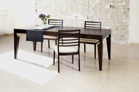 jídelní stůl Roman a židle Esta