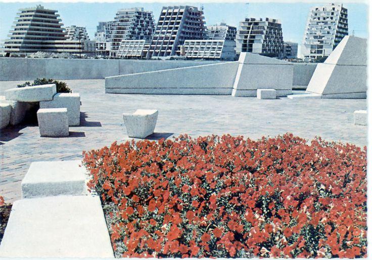Another postcard of La Grande Motte, France, Jean Balladur, 1968