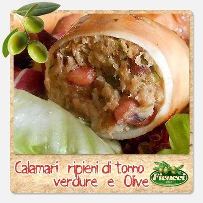 Se domani passi in pescheria ti consiglio questa ricetta sfiziosissima: Calamari ripieni di tonno, verdure e olive. http://www.ficacci.com/ricette-con-olive.asp?id=475