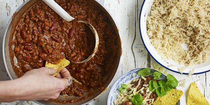 <p>Off to uni? Our Good Food nutritionist has got cheap, quick and easy student recipes for seven days. Wholesome, too, they'll keep you fuelled for study.</p>