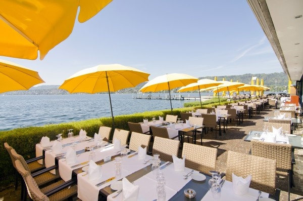 The Lake Side is provided with a restaurant with a generous terrace, a bar and a conference center near the sea. The generously designed congress- and event centre is located in view of the Albis mountains, the Alps and the lake, near to the city centre.     http://www.eventlokale.com/en/Lake-Side---Event-und-Hochzeit-Location-direkt-am-See_Zurich_Zurich-localityPictures-474.html#