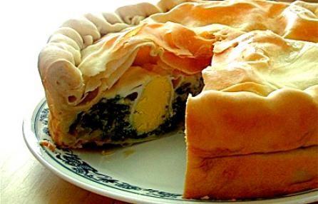 Ricette della cucina ligure: la torta pasqualina con carciofi