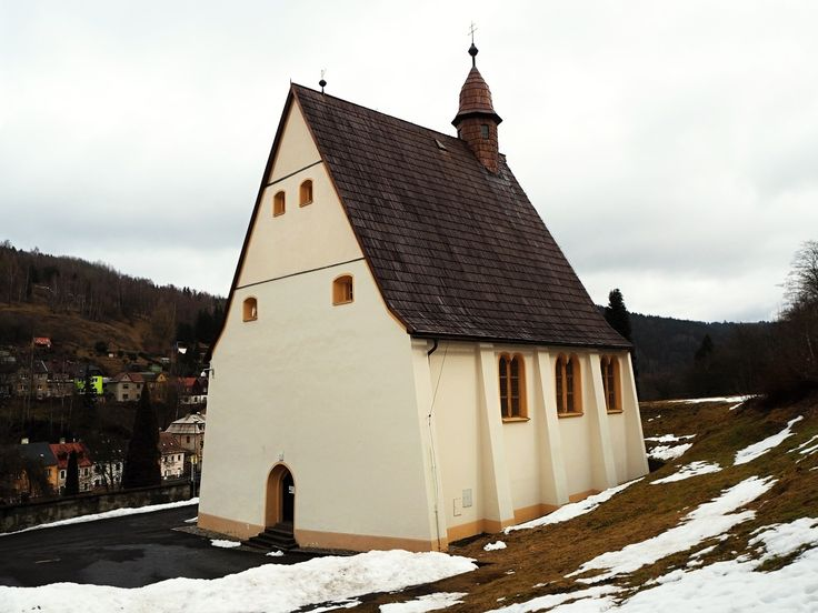 Fotografie: Špitální kostel Všech svatých v Jáchymově - Kategorie: architektura - zeropixel.cz