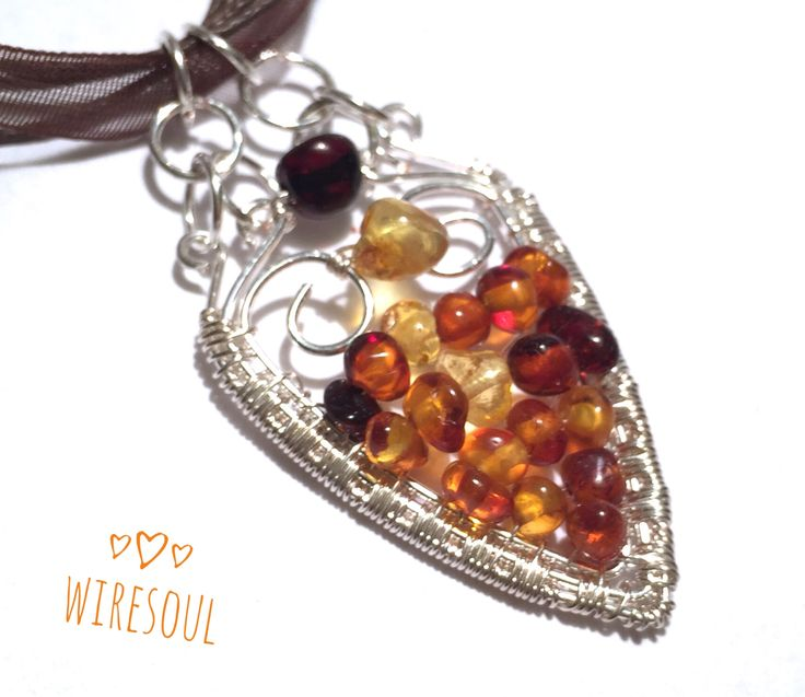Wire wrapped jewerly, wire wrapped pendant, amber