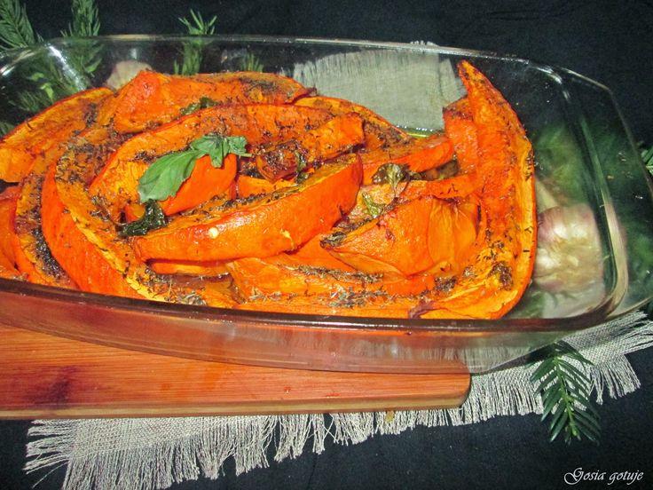 Gosia gotuje: Pieczona dynia hokaido z olejem sezamowym