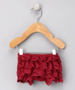 Loaded with a ton of playful lace, these bloomers make everything from snack time to nap time a whole lot fancier. Perfect under dresses and skirts, this sweet piece has a stretchy elastic waistband for optimal comfort.