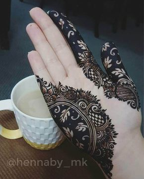 black henna classic pattern before after henna mehndi design hennaby_mk ❤❤♥For More You Can Follow On Insta @love_ushi OR Pinterest @ANAM SIDDIQUI ♥❤❤