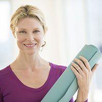 Mit dem richtigen Gymnastikprogramm lässt sich die Beinmuskulatur effektiv trainieren – echte Entlastung für das Kniegelenk.
