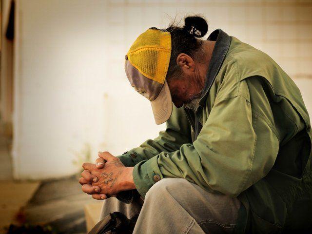 Six bad habits of poor people