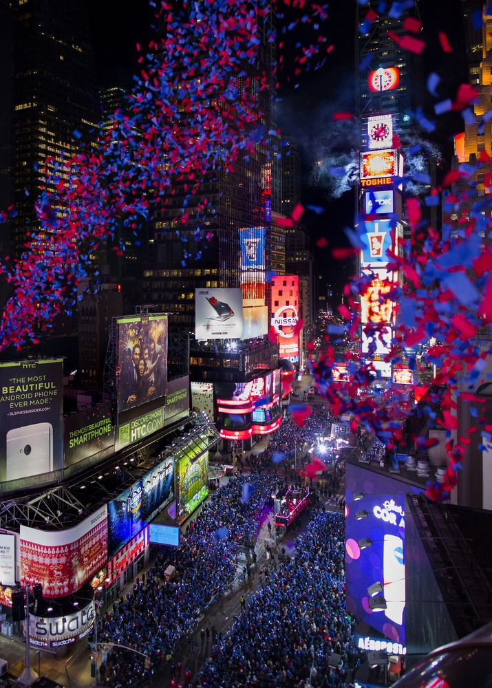 From the 1930s to present: New Year's Eve in New York's Times Square - #nyc