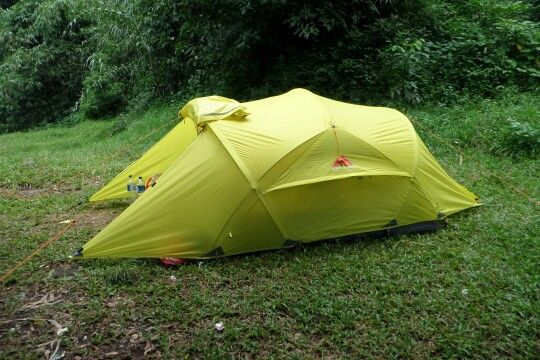 El Capitan, 4 persons 3 seasons tent.