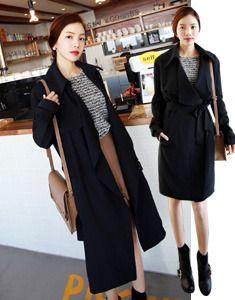 Today's Hot Pick :ドレープビッグ衿トレンチコート【BAGAZIMURI】 http://fashionstylep.com/SFSELFAA0020101/bagazimurijp/out ナチュラルなゆるめアウターをご紹介します。 季節の変わり目に大活躍! ドレープに仕上げたオーバーカラーが大人カジュアルなコーデもOK リボンベルトを結んでトレンチ風にアレンジ可能です◎ シンプルだからコンサバ系女子や通勤スタイルにもおすすめです♪ ★1色:ブラック