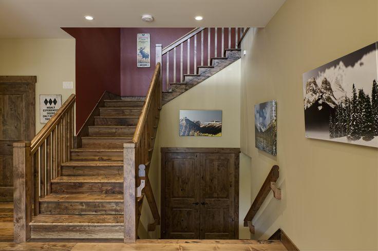 Entry  Quiniscoe Homes quiniscoe.ca