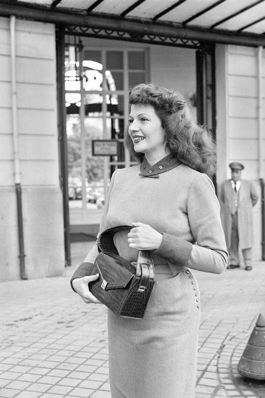 """Rita Hayworth visiting Madrid, 1950 """