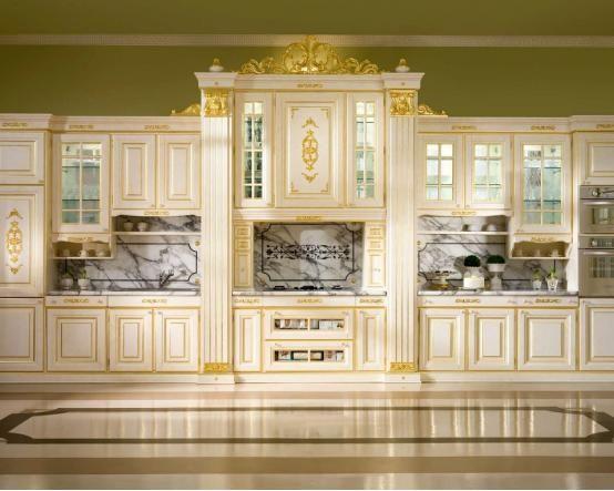 Кухня Барин из массива. Величественная классика, стилизация под барокко в современной интерпретации http://www.mebel-zevs.ru/kukhni/kuhnja-357