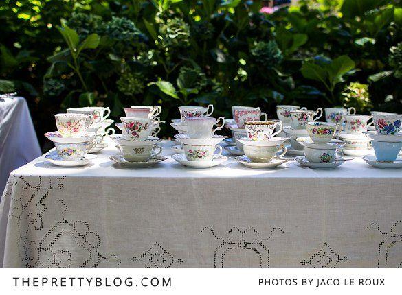 Pieter & Kim 's Vintage Outdoor Wedding   Real weddings   The Pretty Blog