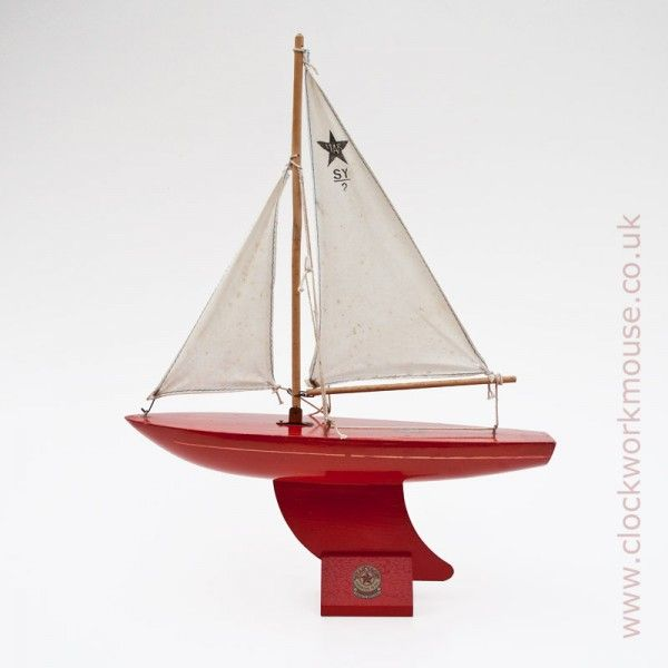 A fine example of the popular SY/2 vintage children's toy sailing boat from the world famous toy yacht manufacturer Star Yachts of Birkenhead, England.