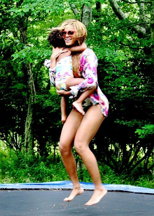 Beyonce & Blue Ivy on Vacation 2014