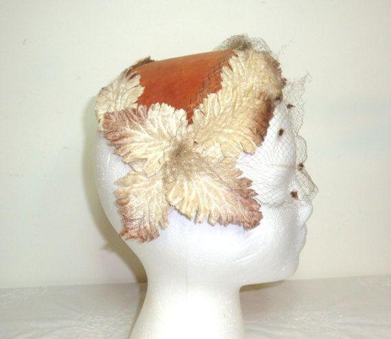 Vintage reddish velour dress hat with velour by Hertfordweaver