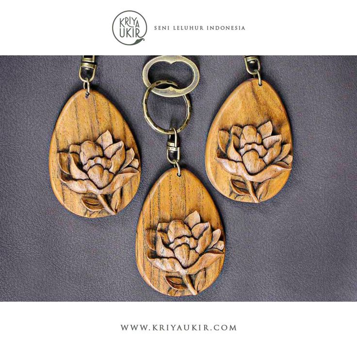 Souvenir--Gantungan-Kunci-Kayu-Kriya-Ukiran-Jepara-Indonesia