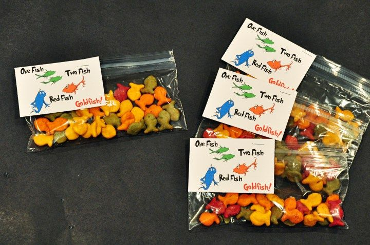 "Free ""One Fish, Two Fish"" goldfish printable for Dr Seuss Birthday snack from Dixie Delights"
