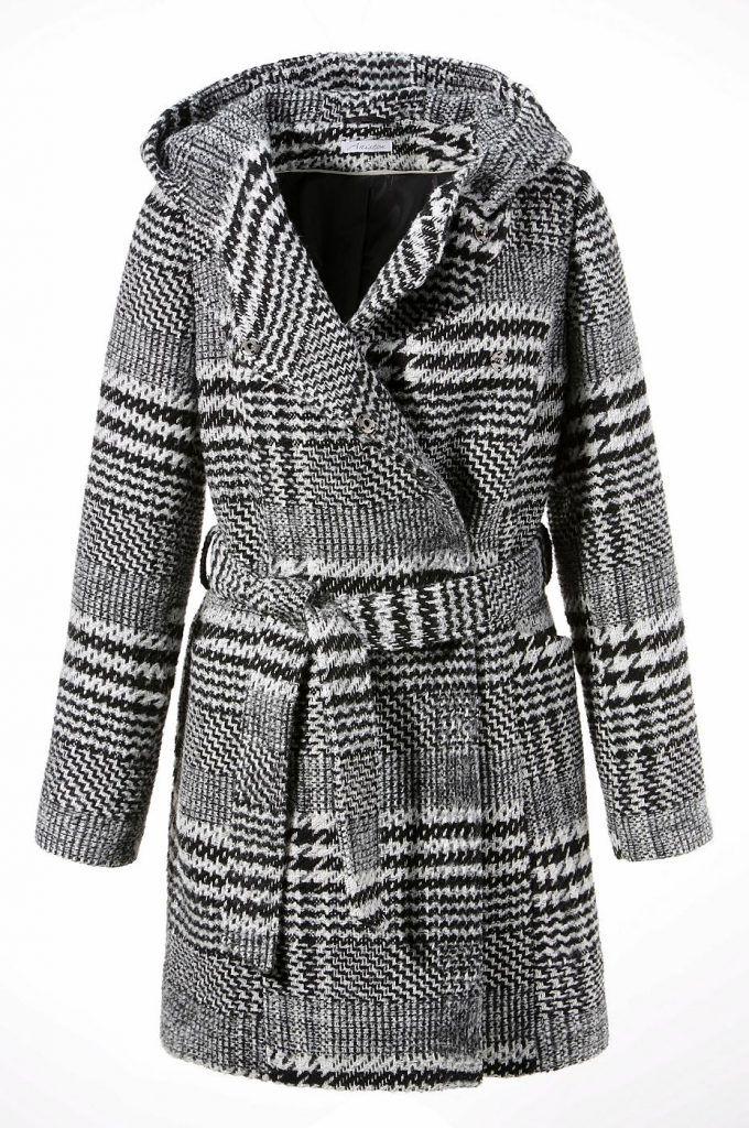#Aniston #Damen #Aniston #Kurzmantel mit #Kapuze #schwarz - In einem lässigen Style präsentiert Aniston den Kurzmantel für trendbewusste Fraün. Zu den Besonderheiten zählt die doppelreihige verdeckte Druckknopfleiste. Die große Kapuze ist ein praktisches Detail, wenn ein kühler Wind aufkommt. Die aufgesetzten Außentaschen bieten bei dem Mantel Platz für Utensilien wie Autoschlüssel oder Handy. Von innen weiß die Jacke mit ihrem feinen Futter zu punkten. In kuschelig warmer Qualität mit…