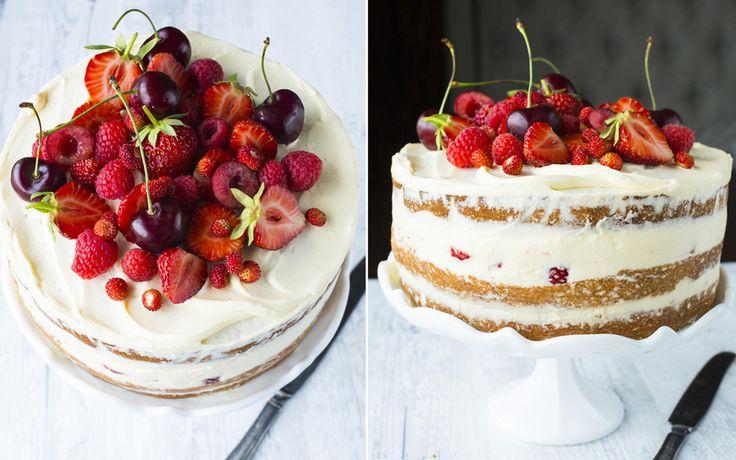 Sommerkake med sitronkrem og bær