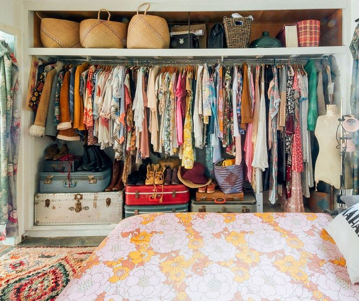 Bohemiangardens: U201c Bohemian Homes: Wardrobe Envy U201d Beautiful Open Closet