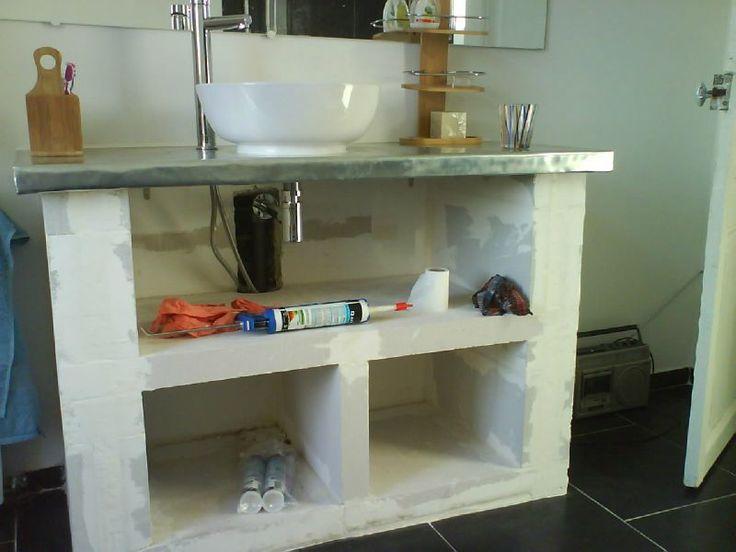 Les 25 meilleures id es de la cat gorie b ton cellulaire sur pinterest reglette salle de bain - Meuble beton cellulaire ...