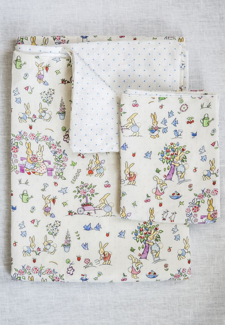 This adorable British bedlinen features a very detailed and nostalgic design of gardening rabbits. Inspired by a vintage pattern, this soft cotton childrens single duvet set is sure to capture little imaginations! The design is printed onto beautifully soft 100% British linen. We have a matching cushion and also printed fabric in a wooden picture frame for the wall. Should you want blinds or curtains we sell the fabric by the metre too! The single bed set comprises a single duvet cover and…