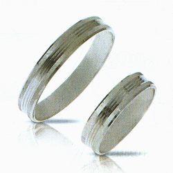 Fehérarany vésett jegygyűrű