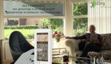 Zorg& Milieu technologie thuis. Een gelukkig huwelijk van mens en techniek. 'Voor elke oplossing verzinnen mensen wel tien problemen,' zegt Gerard Nijboer, directeur van Zorg & Milieu, dat voorziet in duurzame oplossingen om langer zelfstandig te blijven wonen. Moet dat een reden zijn om te stoppen met innoveren? Niet voor hem.