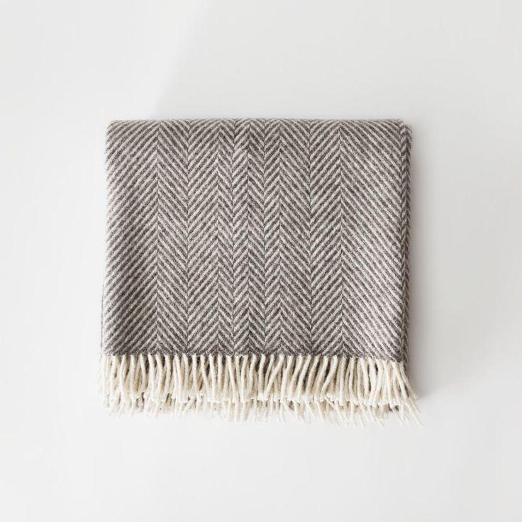 Chevron Blanket - Grey