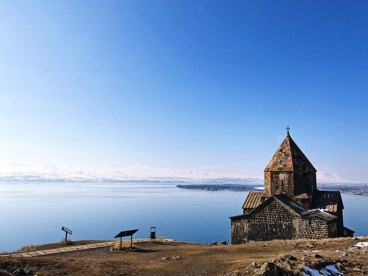 #dream_image #phenomenalshot #living_destinations #simplebeyon #ilove_simplebeyon #ourplanetdaily  #ереван #армения #армениятрип #natgeo #lifeofadventure #picoftheday #lonelyplanet #erevan #armenia #erevan_photo #visit2armenia #Yerevan #гюмри #gyumri #горыгоры #yerevancity #trip #instatrip #instaphoto #гарни #garni