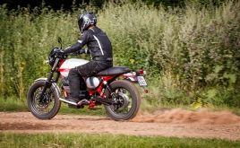 Moto Guzzi V7 II Stornello: Italský poeta - Test | Silničnímotorky.cz