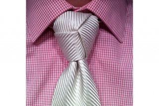 ネクタイの結び方で簡単なのはコレ!卒業式・入学式・就活・結婚式やパーティで困る前にチェック♪【動画】