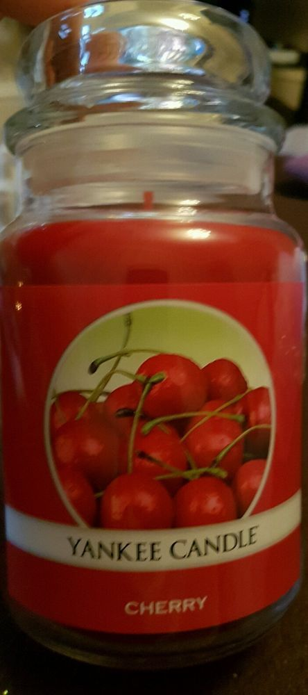 Brand New Yankee Candle Cherry Large Jar Ideal Christmas Prseent