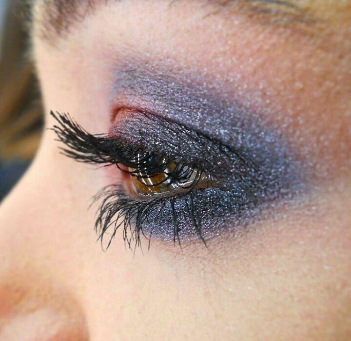 Makeup Cinderella Mac Mineralize Eyeshadow #maccosmetics #andreeacobzaru #makeupartist