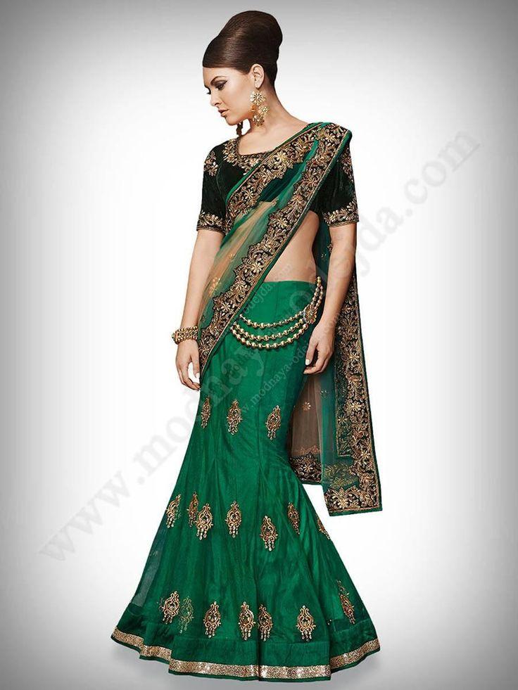 Зелёное красивое лехенга-сари, украшенное вышивкой люрексом и бусинками