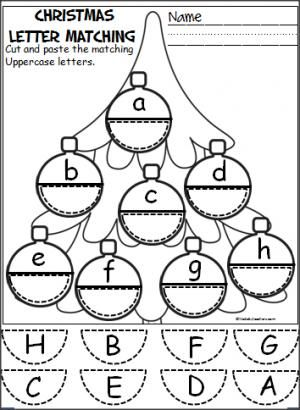 Free Christmas ornament alphabet activity. Students cut and paste to match uppercase and lowercase letters. Pre-K, Kindergarten. Designed by ABC Helping Hands.