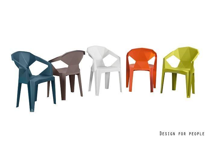 Designerskie i uniwersalne krzesło z polipropylenu. 149 zł