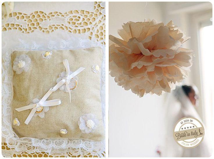 Cute linen ring pillow, for a country wedding. Ph Studio A+Q http://www.brideinitaly.com/2012/12/real-wedding-matrimonio-naif-paliano-aq.html #italianstyle #diy #wedding