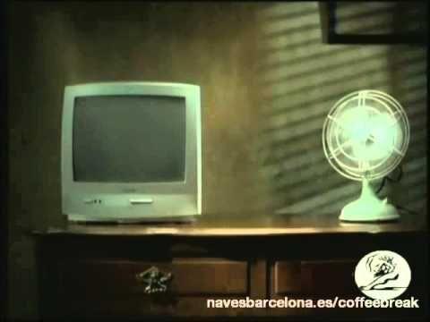 Publicidad divertida con final sorprendente I Encuentra más contenido en  Navesbarcelona.es/coffeebreak