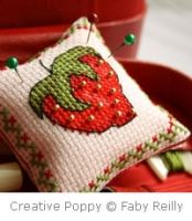 Petite Faby - Strawberry pincushion