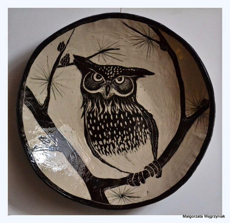 Sowa #malgorzatawegrzyniak #polandhandmade #owl #ceramic #ceramika #pottery #plates # sgraffito