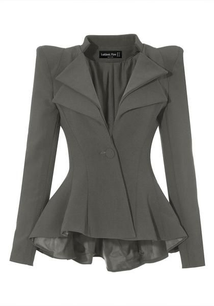 What's New // Feel like a boss and look like a boss with this uber gorgeous grey double lapel fit-and-flare blazer.