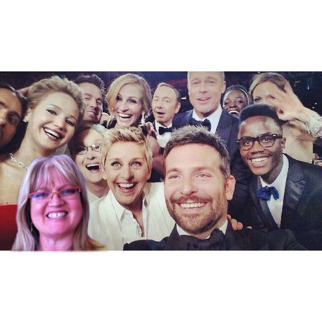 It was a mad dash to make it in time but I did it!! Selfie with #Ellen at the #Oscars!!